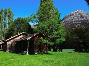 lodge13_cabins